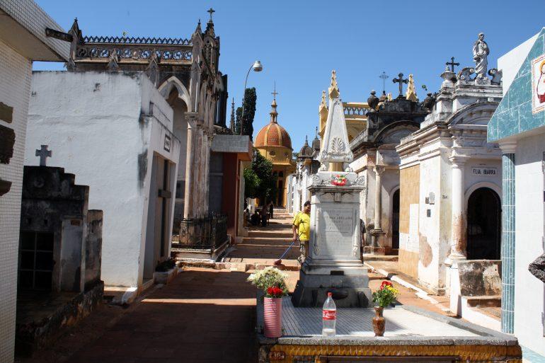 Cementerios de Asuncion